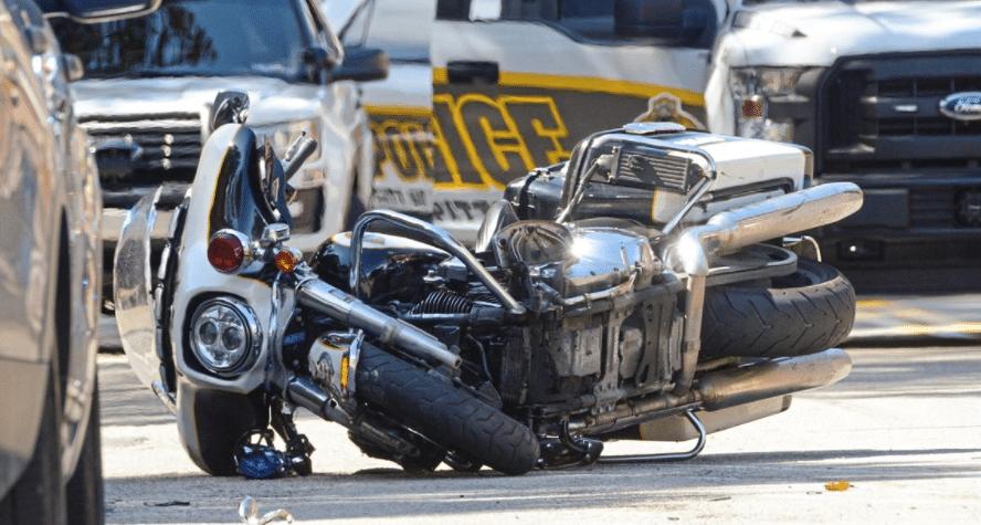 Accidents-involving-police-cars-fire-trucks-ambulance-emergency-vehicle-injury